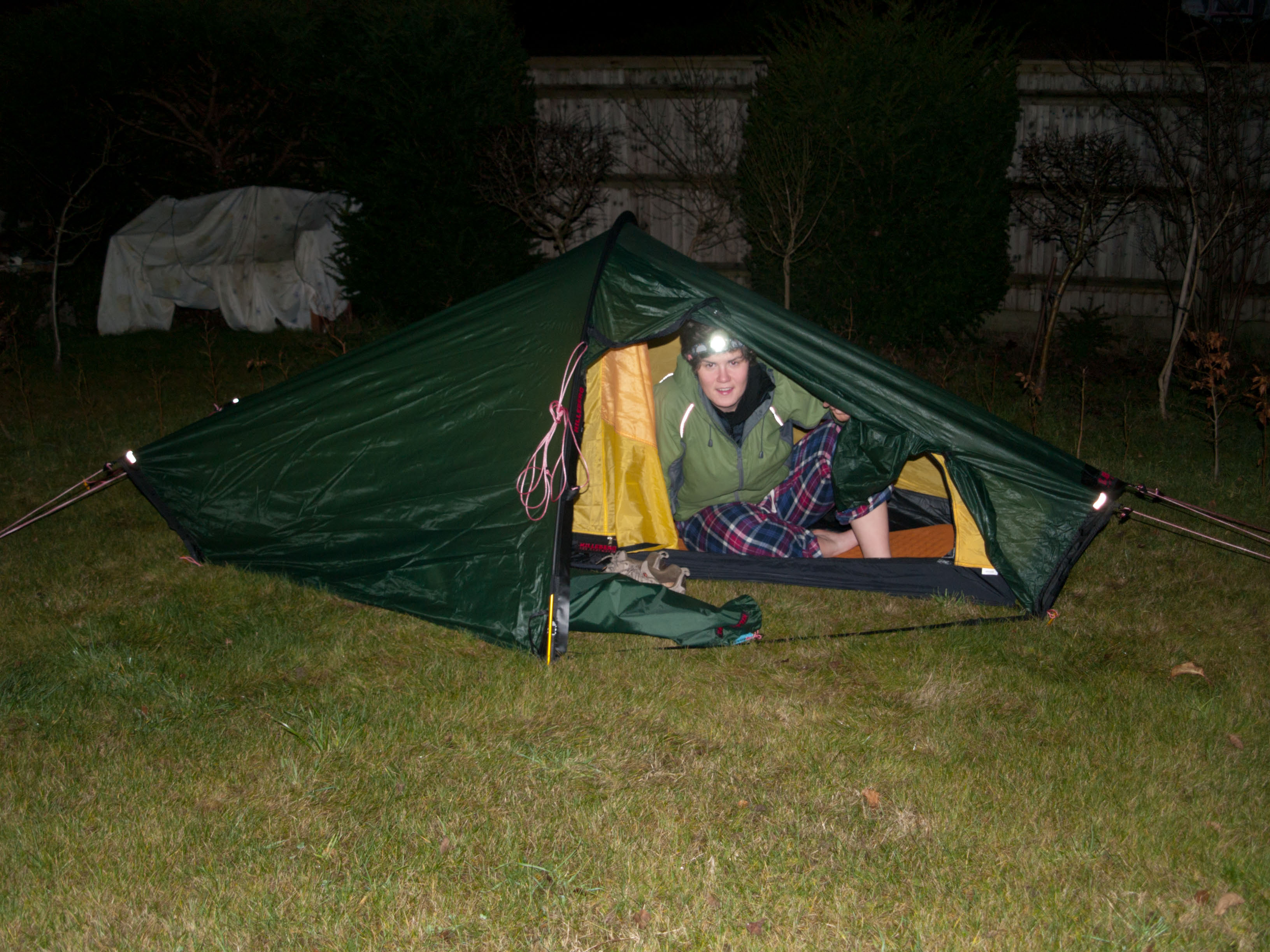 Being an intrepid explorer I tested out my new tent in my parents back garden & Mini adventurer - Gear